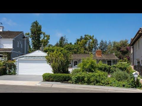 220 Kings Place, Newport Beach CA 92663