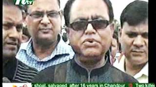 Bangladesh : Why Abul Smile-Rashta Churi Festival-003-NTV-27-08-2011.mpg