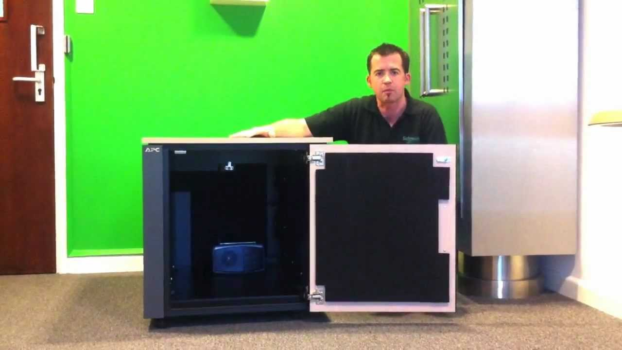 Demonstration of quiet server cabinet - Netshelter CX Mini & a ...