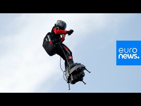 Live | 'Flyboard' Creator Franky Zapata Tried To Cross The English Channel