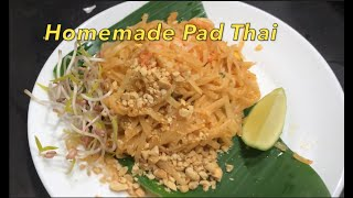 How to make homemade Pad Thai with the banana leaf plating