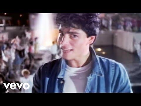 Las Mejores Canciones en Español de los 80s y 90s