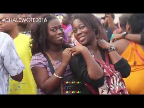 ICI C'EST ACCRA : CHALE WOTE STREET (2016)