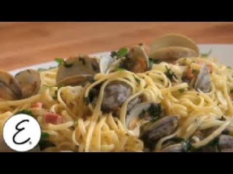 Emeril's Classic Clam Linguine - Emeril's Classic Dishes - Emeril Lagasse