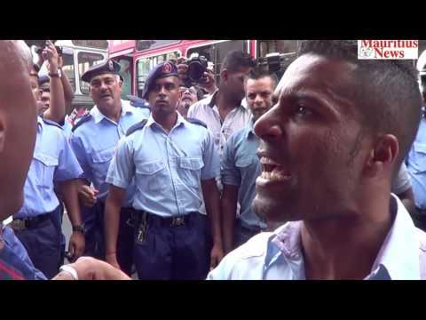 Mauritius News: Navin Ramgoolam aux casernes centrales, ses partisans se déchaînent