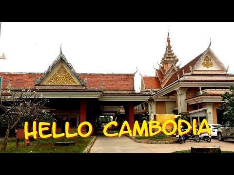 Vietnam-Cambodia Border Crossing By Bus | Moc Bai-Bavet [Ep 1]