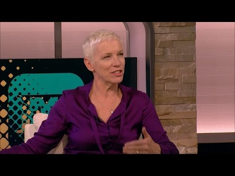 Annie Lennox Clears Up Beyonce 'Feminist Lite' Slam