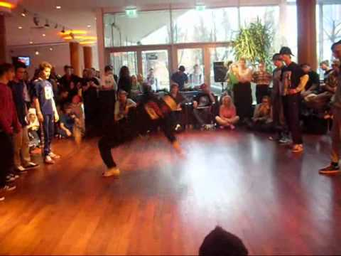 Criminal crew VS United Groove Baltic Session 2010.wmv