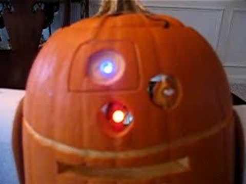 R2-D2 Pumpkin - YouTube