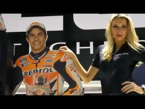 Marc Marquez Foto & Ragazza Bionda Pin-up Hot a EICMA 2014