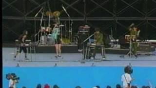 '92夏祭りライブ内の企画で、MIYAがYMOの「君に胸キュン」を披露した時...