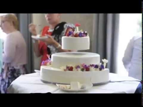 floating wedding cake stand floating wedding cake 14322