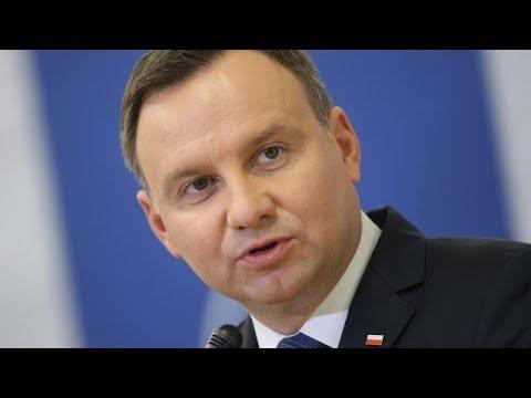 Poland's president vetoes judicial reform bills