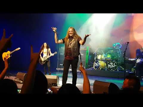 Sebastian Bach live in Singapore - Quicksand Jesus and I remember you