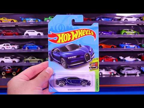 Hot Wheels Bugatti Chiron (1 Minute Car Review)