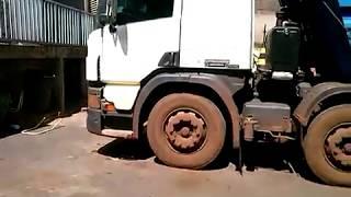 vida de caminhoneiro indo renovar cnh