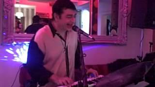Maine Pucha Chaand Se (Abdullah) * (Live) * Uma & Sailesh * Musical Melodies