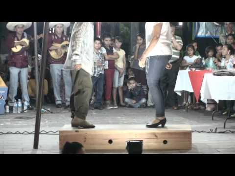 Baile de tabla zapateado de tierra caliente region Huacana
