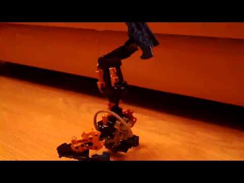 Прикол робот танцор