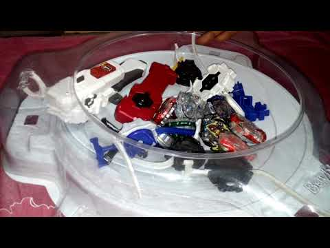 Prizes of Beyblade and lonchers