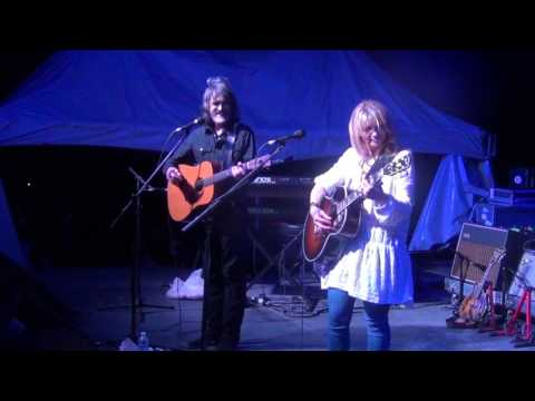 Larry Campbell & Teresa Williams - full set - 1-9-17 Runaway Bay, Jamaica rail cam HD tripod