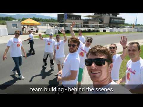 Team building s tekmovalnimi gokarti