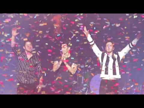 Jonas Brothers -  - Final Bow