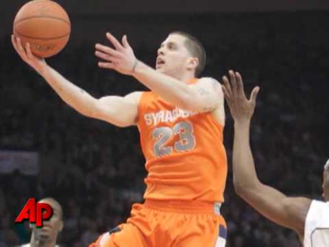 Picking the Winner of the NCAA Hoops Tournament