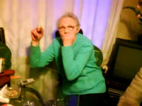 grandma TRYING to use a phone streaming vf