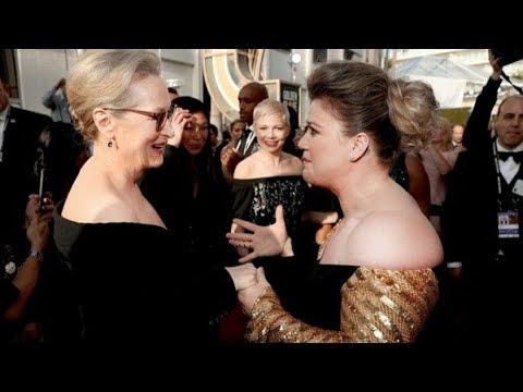 Kelly Clarkson Almost Falls Trying To Meet Meryl Streep At The 2018 Golden Globes!