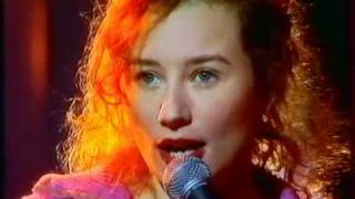 TORI AMOS Doughnut song FRENCH TV 1996