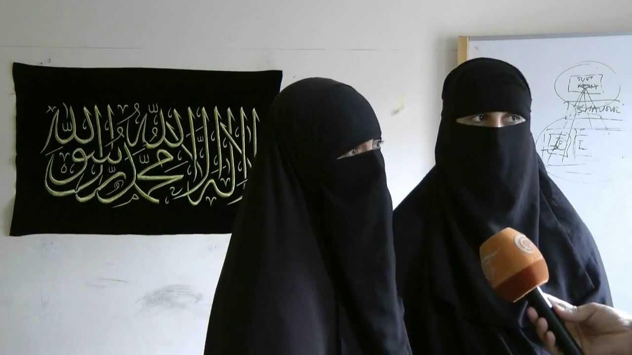 Muslim Girl In Hijab Wallpaper British Ban Niqab Debate Interview With A Muslim Women