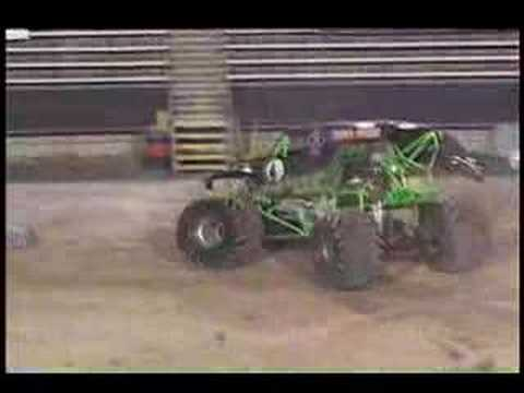 Monster Jam - El Paso 2008 - Grave Digger Monster Truck Freestyle