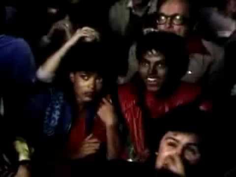 Thriller Video Original Parodia Michael Jackson voces de Cecili y Omar Chaparro