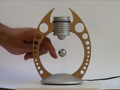 schwebende kugel levitating magnetic sphere youtube. Black Bedroom Furniture Sets. Home Design Ideas