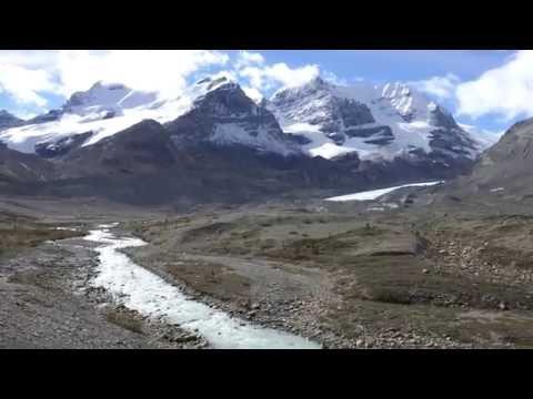 view-the-columbia-icefield-glacier-jasper-banff-&-lake-louise-tourism