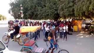 Video Flash Mob du Youth Club de ZIONA MAHAFINARITRA - TULEAR (MADAGASCAR) download MP3, 3GP, MP4, WEBM, AVI, FLV Oktober 2018