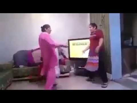 Desi Girl Dance Je Menu Yar Na Mile Te Mar...