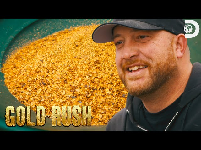 Overtime Pays Off for Ness Crew | Gold Rush
