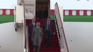His Majesty Sultan Qaboos bin Said returns to Oman from Germany
