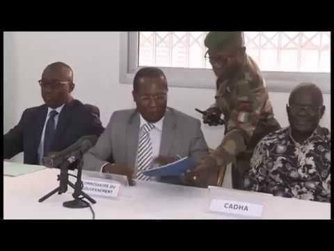 La rencontre entre Mme Dominique OUATTARA et les femmes ivoiriennes vivants aux USAde YouTube · Durée:  44 minutes 41 secondes