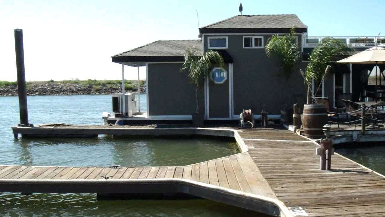 Floating Home in the Delta