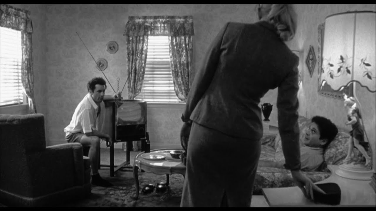 Download Robert De Niro And Joe Pesci in Raging bull (1980) HD the famous I heard things scene.