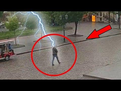 13 Unglaubliche Blitzeinschläge
