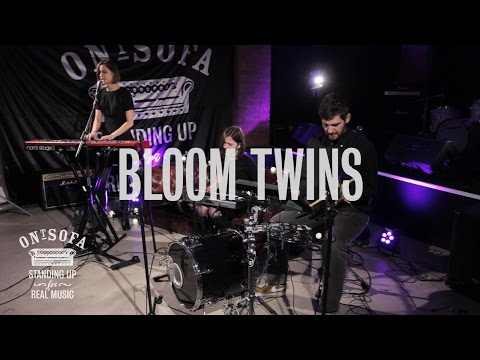Bloom Twins - Older - Ont Sofa Gibson Sessions