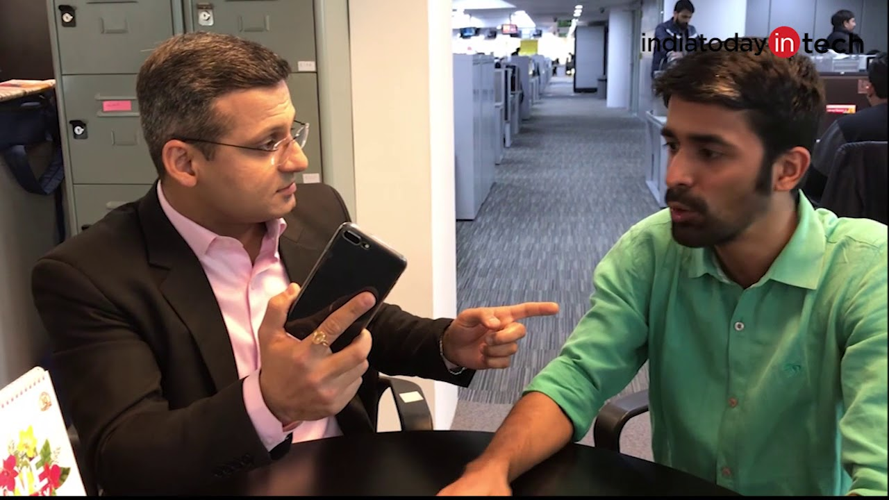[Hindi] iPhones are expensive but much better than Android phones: AajTak Editor Nishant Chaturvedi