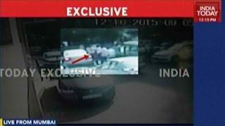 Caught On Camera: Shiv Sena Workers Smear Kulkarni