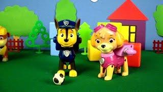 Детское видео - Щенячий Патруль играет в футбол