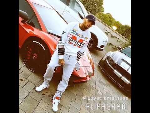 Download Chris Brown's Fashion Style
