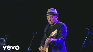Paul Simon - Late in the Evening (from The Concert in Hyde Park)